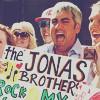 Taylor Hicks - JB Fan :]